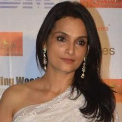Rajeshwari Sachdev Age, Height, Husband, Family, Caste, Wiki & More