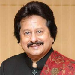 Pankaj Udhas Biography, Age, Wife, Children, Family, Caste, Wiki & More