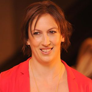 Miranda Hart Biography, Age, Height, Weight, Family, Wiki & More
