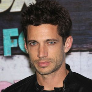 James Carpinello Biography, Age, Wife, Children, Family, Wiki & More