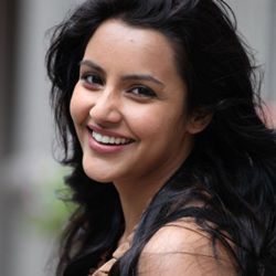 Priya Anand Biography, Age, Height, Weight, Boyfriend, Family, Wiki & More