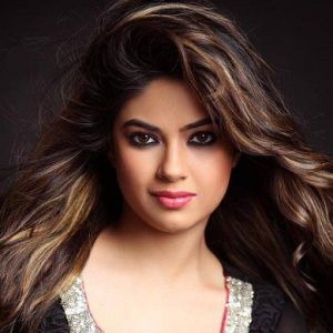 Meera Chopra Biography, Age, Height, Weight, Family, Caste, Wiki & More