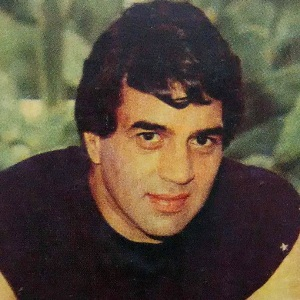 Dharmendra Biography, Age, Wife, Children, Family, Facts, Caste, Wiki & More