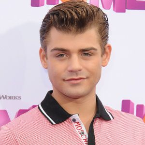Garrett Clayton Biography, Age, Height, Weight, Girlfriend, Family, Wiki & More