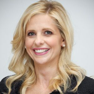 Sarah Michelle Gellar Biography, Age, Height, Weight, Family, Wiki & More