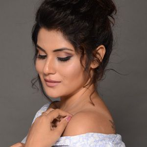 Shamin Mannan (Actress) Biography, Age, Height, Weight, Family, Caste, Wiki & More