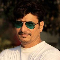 Sandeep Kulkarni Biography, Age, Wife, Children, Family, Caste, Wiki & More