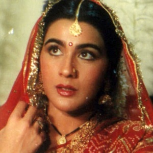 Amrita Singh Biography, Age, Husband, Children, Family, Wiki & More