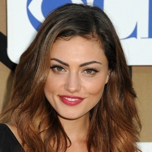 Phoebe Tonkin Biography, Age, Height, Weight, Family, Wiki & More
