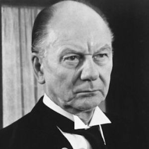 John Gielgud Biography, Age, Death, Height, Weight, Family, Wiki & More