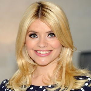 Holly Willoughby Biography, Age, Height, Weight, Family, Wiki & More