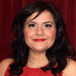 Nina Wadia Biography, Age, Height, Weight, Family, Caste, Wiki & More