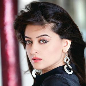 Mahhi Vij Biography, Age, Height, Weight, Family, Caste, Wiki & More