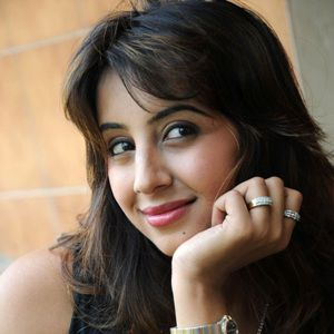 Sanjjanaa Biography, Age, Height, Weight, Family, Caste, Wiki & More