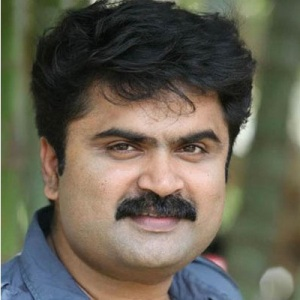 Anoop Menon Biography, Age, Height, Weight, Family, Caste, Wiki & More