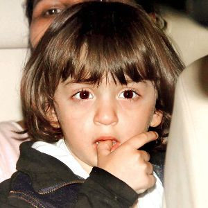 AbRam Khan Biography, Age, Height, Weight, Family, Wiki & More