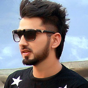 Maninder Buttar Biography, Age, Height, Weight, Family, Wiki & More
