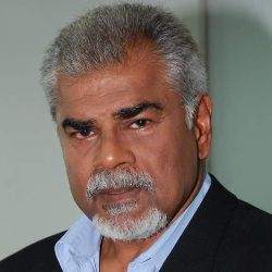 Sharat Saxena Biography, Age, Wife, Children, Family, Caste, Wiki & More