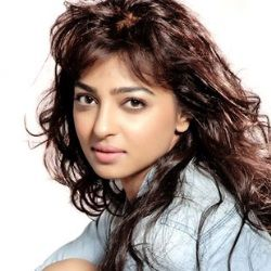Radhika Apte Biography, Age, Husband, Children, Family, Caste, Wiki & More