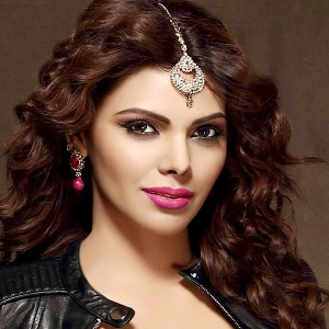 Sherlyn Chopra Biography, Age, Height, Weight, Boyfriend, Family, Wiki & More