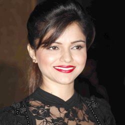 Rubina Dilaik Biography, Age, Husband, Children, Family, Caste, Wiki & More