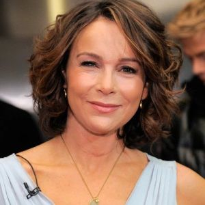 Jennifer Grey Biography, Age, Height, Weight, Family, Wiki & More