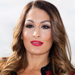 Nikki Bella Biography, Age, Height, Weight, Boyfriend, Family, Wiki & More