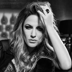 Caroline Flack Biography, Age, Death, Height, Weight, Family, Wiki & More
