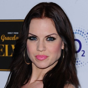 Joanne Clifton Biography, Age, Height, Weight, Boyfriend, Family, Wiki & More