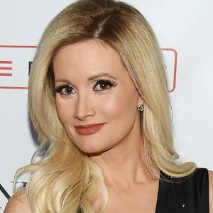 Holly Madison Biography Age Husband Children Family Wiki More