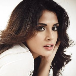 Richa Chadda Biography, Age, Height, Weight, Boyfriend, Family, Wiki & More
