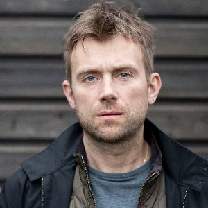 Damon Albarn Biography, Age, Height, Weight, Family, Wiki & More