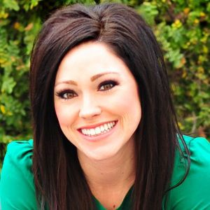 Kari Jobe Biography, Age, Height, Weight, Family, Wiki & More