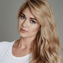 Amanda Clapham Biography, Age, Height, Weight, Boyfriend, Family, Wiki & More