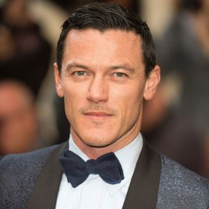 Luke Evans Biography, Age, Height, Weight, Family, Wiki & More