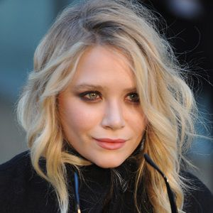 Mary-Kate Olsen Biography, Age, Height, Weight, Family, Wiki & More