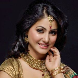 Hina Khan (Actress) Biography, Age, Height, Weight, Boyfriend, Family, Facts, Wiki & More
