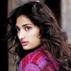 Athiya Shetty Biography, Age, Height, Weight, Boyfriend, Family, Wiki & More
