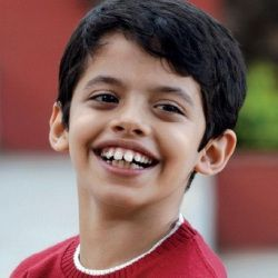 Darsheel Safary Biography, Age, Height, Weight, Girlfriend, Family, Wiki & More
