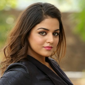 Wamiqa Gabbi Biography, Age, Height, Weight, Boyfriend, Family, Wiki & More