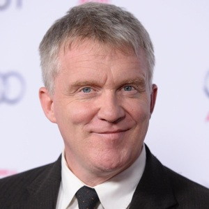 Anthony Michael Hall Biography, Age, Height, Weight, Family, Wiki & More