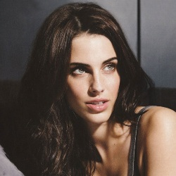 Jessica Lowndes Biography, Age, Height, Weight, Family, Wiki & More