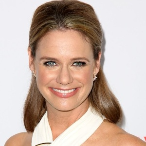 Andrea Barber Biography, Age, Height, Weight, Family, Wiki & More