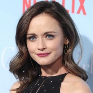 Alexis Bledel Biography, Age, Height, Weight, Family, Wiki & More