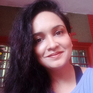 Lena (Actress) Biography, Age, Husband, Children, Family, Caste, Wiki & More