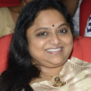 Saritha (Actress) Biography, Age, Husband, Children, Family, Caste, Wiki & More