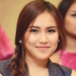 Ayu Ting Ting Biography, Age, Height, Weight, Family, Wiki & More