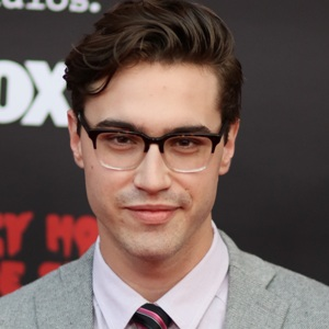 Ryan McCartan Biography, Age, Height, Weight, Family, Wiki & More