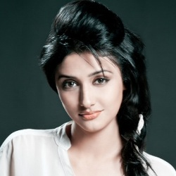 Ragini Khanna (Actress) Biography, Age, Height, Boyfriend, Family, Facts, Caste, Wiki & More
