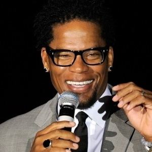 D. L. Hughley Biography, Age, Height, Weight, Family, Wiki & More
